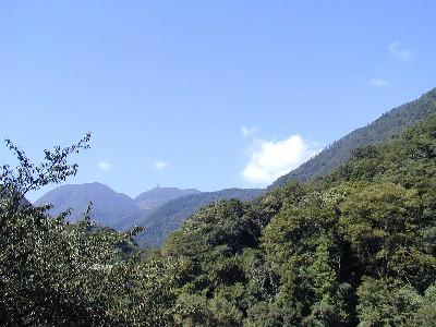 緑の双子山
